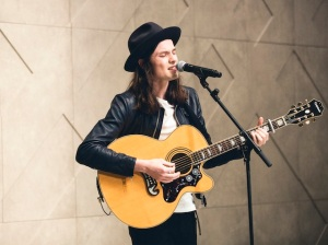 James-Bay-performing-live-at-the-Burberry-Prorsum-Womenswear-Spring-Summer-2015-Show